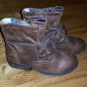 NEW Brown combat boots